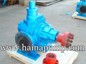 Large flows gear pump